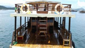 Ficko Cahaya Komodo, Hajók  Labuan Bajo - big - 7