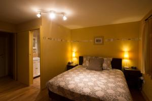 B&B La Clé du Sud, Bed & Breakfasts  Merelbeke - big - 12