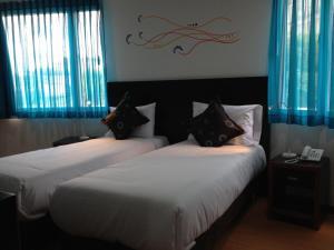 Benidorm Hotel, Szállodák  Manizales - big - 9