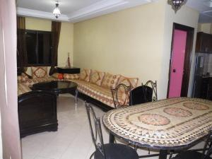 Agadir,drarga,apprt villa piscine, Apartments  Cite Adrar - big - 8