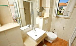 Holiday Home Angelina, Виллы  Mirce - big - 21