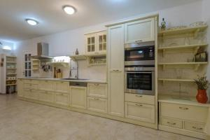 Holiday Home Angelina, Виллы  Mirce - big - 22