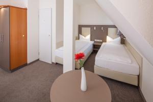 City Hotel Freiburg, Hotely  Freiburg im Breisgau - big - 14