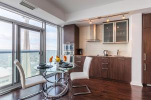 Premium Suites - Furnished Apartments Downtown Toronto, Apartmány  Toronto - big - 72