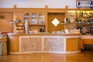 Hotel Vioz, Hotely  Peio Fonti - big - 55