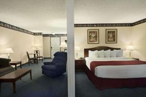 Days Inn by Wyndham Grayling, Hotels  Grayling - big - 11
