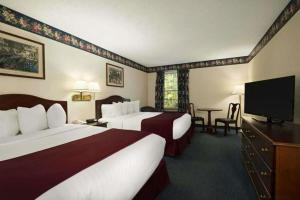 Days Inn by Wyndham Grayling, Hotels  Grayling - big - 12