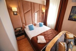 Infinity Plaza Hotel, Отели  Атырау - big - 2