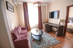 Infinity Plaza Hotel, Отели  Атырау - big - 14
