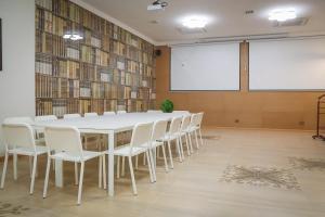 Infinity Plaza Hotel, Szállodák  Atirau - big - 68