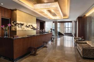 Shangri-La Hotel, Tokyo (1 of 46)