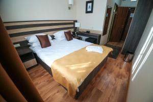 Infinity Plaza Hotel, Отели  Атырау - big - 33
