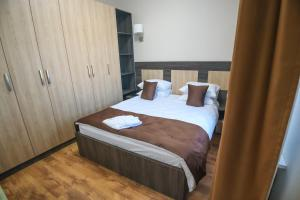 Infinity Plaza Hotel, Szállodák  Atirau - big - 40