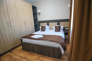 Infinity Plaza Hotel, Szállodák  Atirau - big - 41