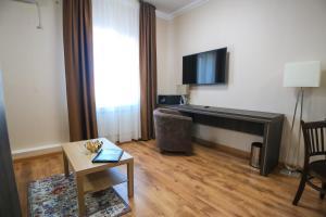 Infinity Plaza Hotel, Szállodák  Atirau - big - 42