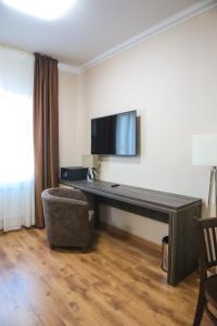 Infinity Plaza Hotel, Szállodák  Atirau - big - 43