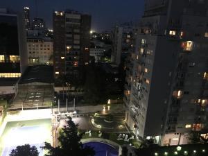 Departamento con piscina, cochera y parrilla, Apartments  Buenos Aires - big - 8