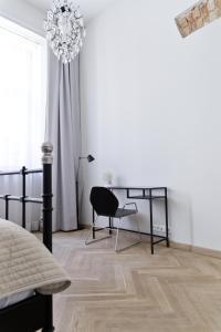 Light Rooms Apartment, Apartments  Kraków - big - 113