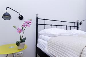 Light Rooms Apartment, Apartments  Kraków - big - 115