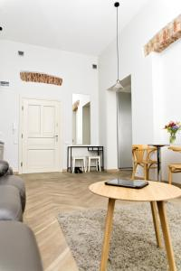 Light Rooms Apartment, Apartments  Kraków - big - 117