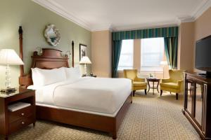 Fairmont Queen Room