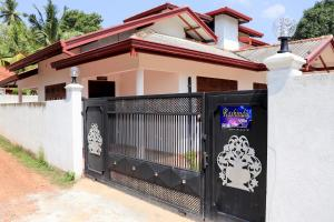 Rashindu Villa