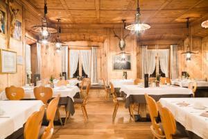 Gasthof zum goldenen Löwen, Penziony – hostince  Nauders - big - 31