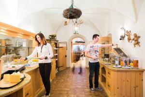 Gasthof zum goldenen Löwen, Penziony – hostince  Nauders - big - 40