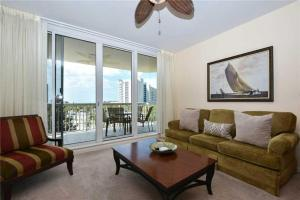 Silver Shells St. Lucia 404 - 2 Bedroom Condo at Silver Shells Resort, Holiday homes  Destin - big - 1