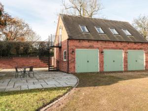 Brick Kiln Apartment, Burton-on-Trent