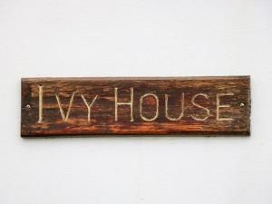Ivy House, Fishguard, Nyaralók  Fishguard - big - 6