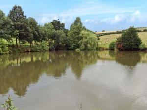 Lakeside, Crediton