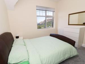 1 Cae Glas Crescent, Penmaenmawr, Dovolenkové domy  Penmaen-mawr - big - 21
