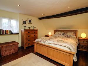 Thatchdown Cottage, Ilminster