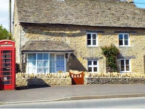 Meadow Cottage, Cirencester, Dovolenkové domy  Cirencester - big - 8