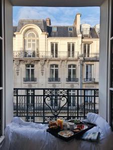 Hotel Marignan Champs-Elysées(París)