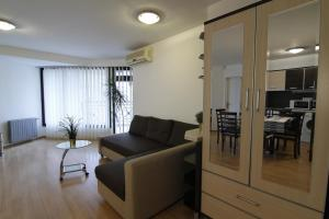 Stay Nexus Near Airport 2, Appartamenti  Sofia - big - 16