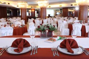 Hotel Za Maria, Hotel  Santo Stefano di Camastra - big - 61