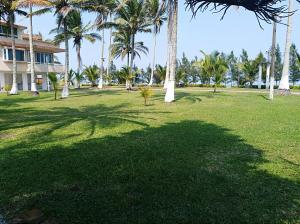 Hotel y Balneario Playa San Pablo, Отели  Monte Gordo - big - 94