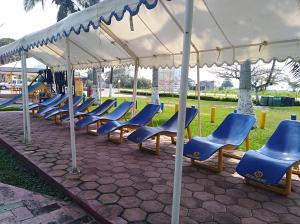 Hotel y Balneario Playa San Pablo, Отели  Monte Gordo - big - 92