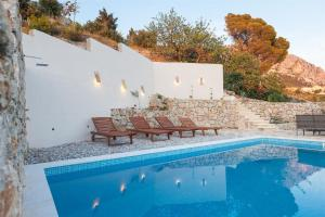 Villa Ena, Holiday homes  Podgora - big - 29