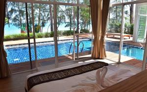 SeaandSea Villa Resort Sangaroon
