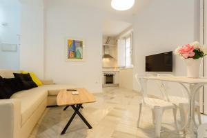 Apartamento CIGARRERAS de Cadiz, Apartmanok  Cádiz - big - 11
