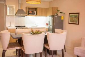 Pico de Loro 2br condo, Appartamenti  Nasugbu - big - 3