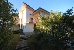 Villa Azalea - AbcAlberghi.com
