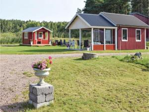 One-Bedroom Holiday Home in Sommen, Holiday homes  Sommen - big - 2