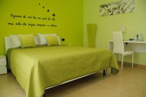Color House Malpensa B&B