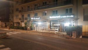 le palmarium hotel **