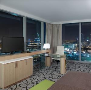 Luxury King Room Burj Khalifa View