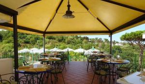 Hotel Terme La Pergola, Szállodák  Ischia - big - 53